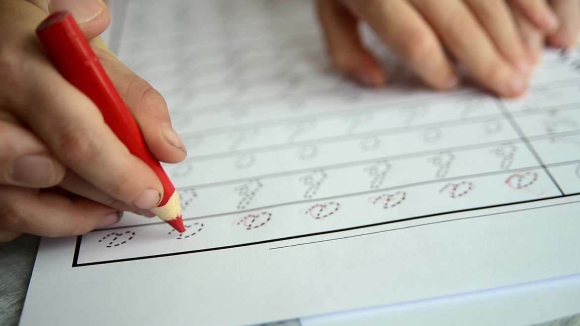 17 Ways to Help Your Child Who Is Struggling with Handwriting